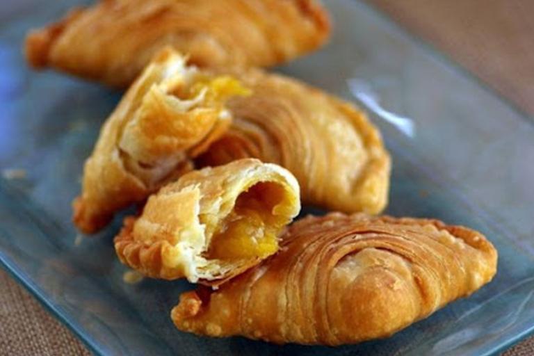 Durian Puffs